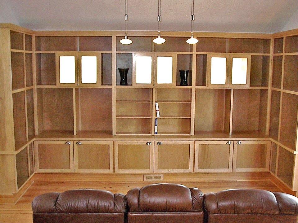 Entertainment center with bookshelves