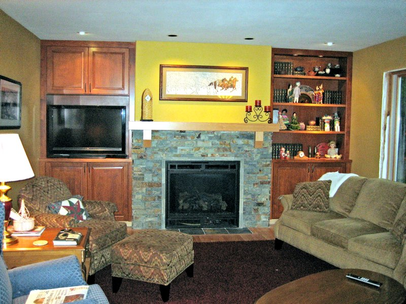 Fireplace mangel and entertainment center